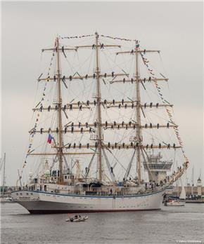 Sailing ship Nadezhda
